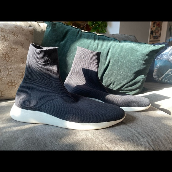 Vince Shoes   Vince Abbot Sock Sneaker